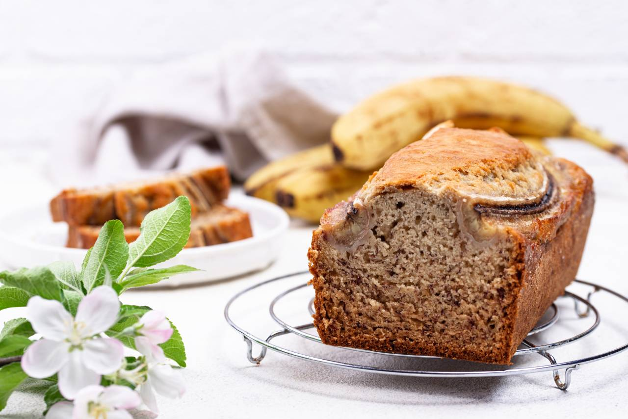 Jak zrobić chleb bananowy? Przepis na chlebek bananowy